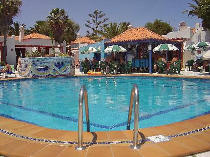 bungalows-castillo-beach-puerto-caleta-de-fuste_261120091143154272