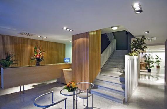 Hall de entrada hotel Náutico