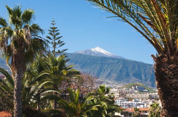 Vista de El Teide desde Puerto de la Cruz